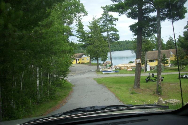 100 Drive into the resort.JPG