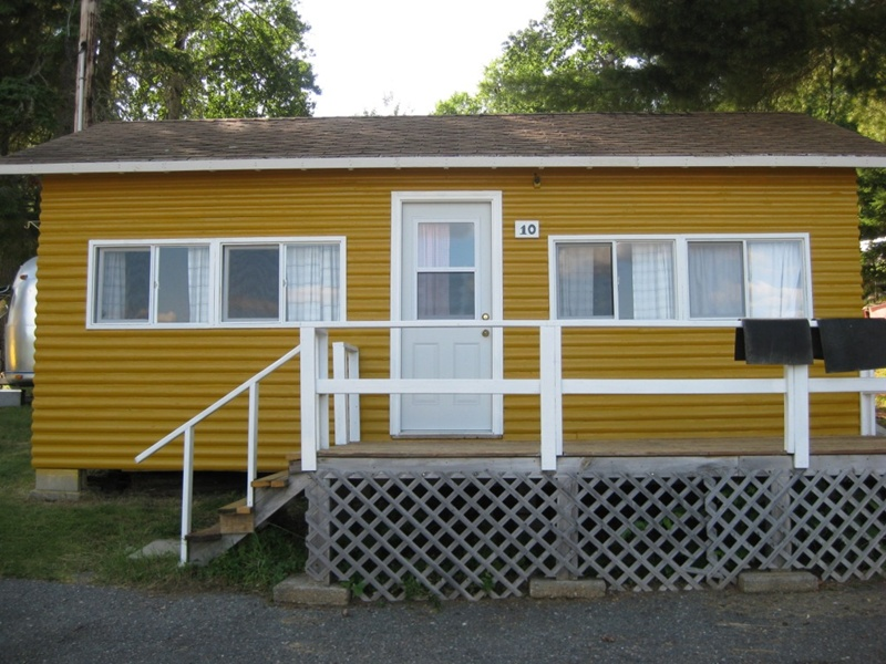 111 Cabin 10 with new paint.JPG